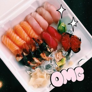 Photo: (๑>◡<๑) OMG aka Ooh Mouthwatering Goodness!!!!! what is it about takeout sushi that looks so good???