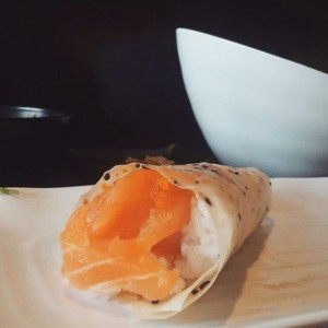 Photo: Love L.A. sushi so good – salmon with truffle sauce #sushi #sushistop #food #yum